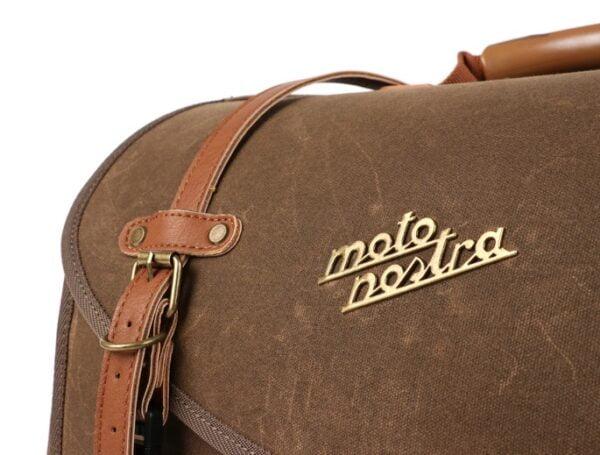 Iso putkilaukku, Moto Nostra Classic, ruskea vahattu canvas