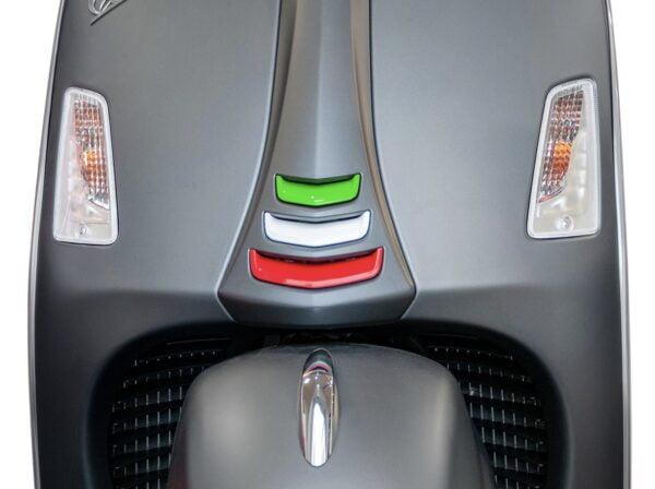"Koristesarja ""Italia"" Moto Nostra, Vespa GTS HPE"